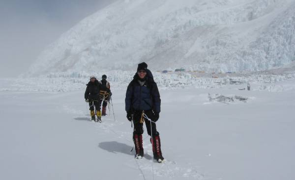 Walking up to the Lhotse face today. Attila and Lhakpa are behind. Photo Mingma Nuru.